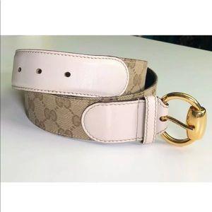 Gucci Authentic GG Supreme White Leather Belt 42